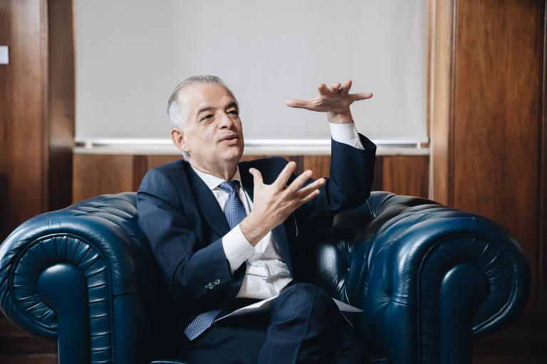 O governador de São Paulo Márcio França (PSB) em entrevista à Folha em seu gabinete no Palácio dos Bandeirantes