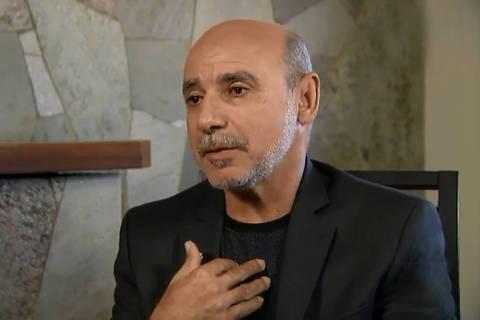 STF manda suspender investigação sobre Queiroz a pedido de Flávio Bolsonaro