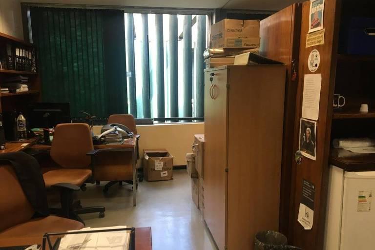 Funcionários de Jair Bolsonaro começaram a retirar pertences do presidente eleito