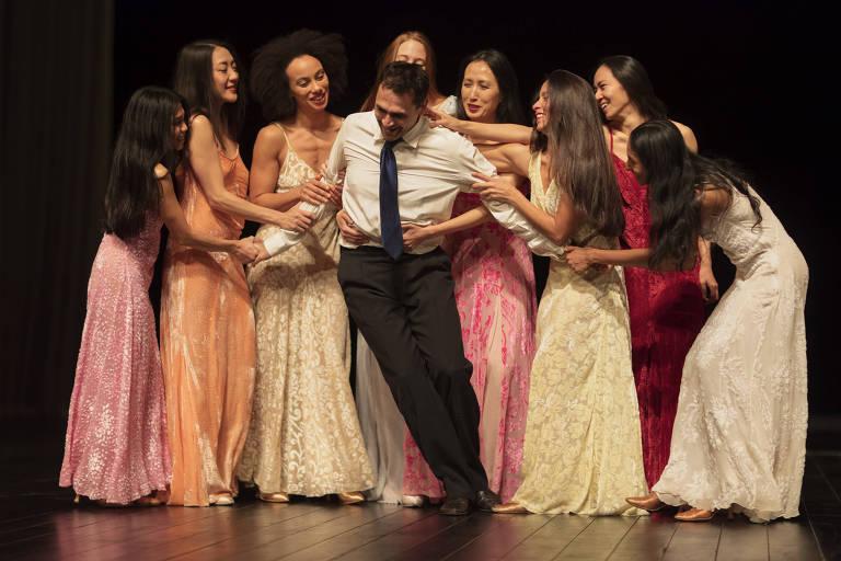"Companhia alemã Tanztheater Wuppertal apresenta ""Nefés"", de Pina Bausch"