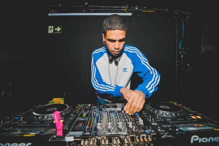DJ na festa Baile-X 2019