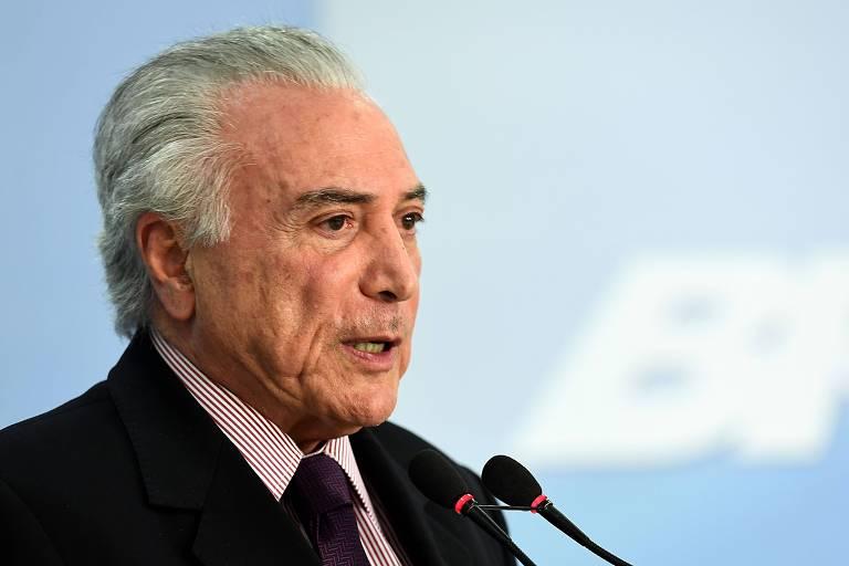 Presidente Michel Temer no Planalto; ele pode criar autoridade que vetou em lei sancionada em agosto