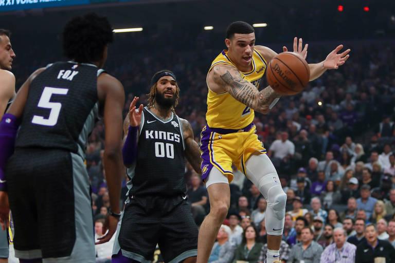 Fã de LeBron, Lonzo Ball batalha para ser um armador digno do ídolo na NBA