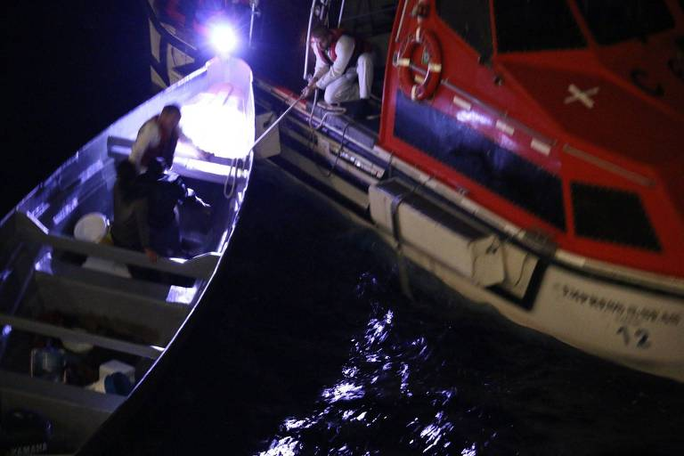 Navio Royal Caribbean resgata pescadores à deriva