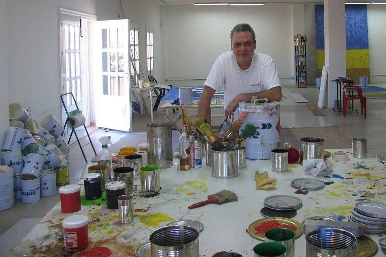 O artista plástico hispano-brasileiro Antônio Mir