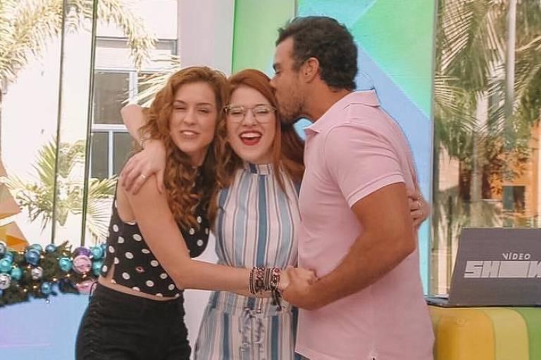 Ana Clara se despede do Vídeo Show com Joaquim Lopes e Sophia Abrahão