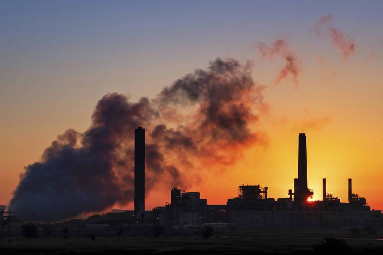 Usina termoelétrica a carvão em Glenrock, no estado de Wyoming, nos EUA