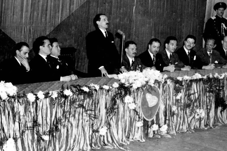 Plínio Salgado, político, escritor brasileiro e fundador da Ação Integralista Brasileira, movimento político de orientação fascista, em 1951