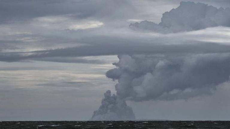 Satélites são uma das poucas maneiras de avaliar o vulcão atualmente