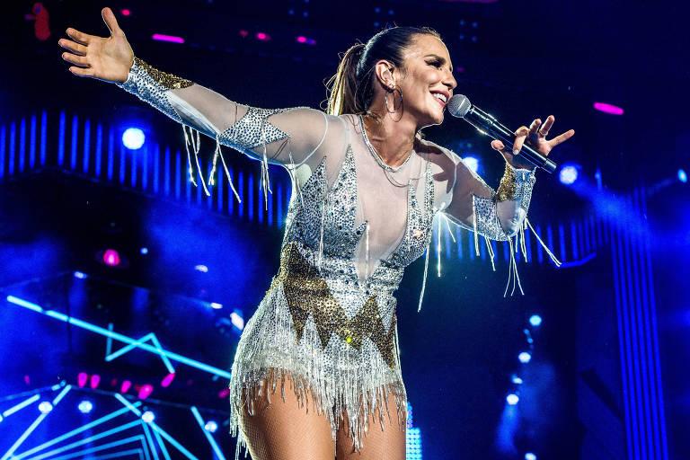 Ivete Sangalo durante gravação do Show da Virada no Recife