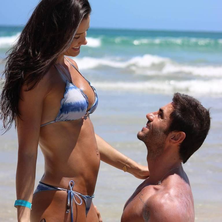 A ex-BBB Talula Pascoli com o marido, o empresário José Alves Neto