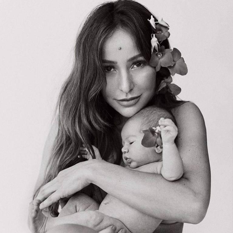 Sabrina Sato com a filha, Zoe