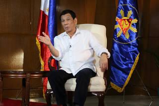 PHILIPPINES-MANILA-PRESIDENT-DUTERTE-CHINESE MEDIA-INTERVIEW