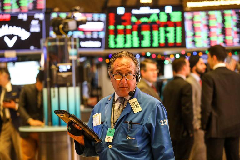 Pregão da Bolsa de Valores de Nova York em 28 de dezembro; ano foi o pior desde 2008