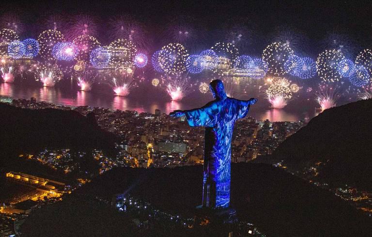 Queima de fogos no Rio de Janeiro no Réveillon de 2019