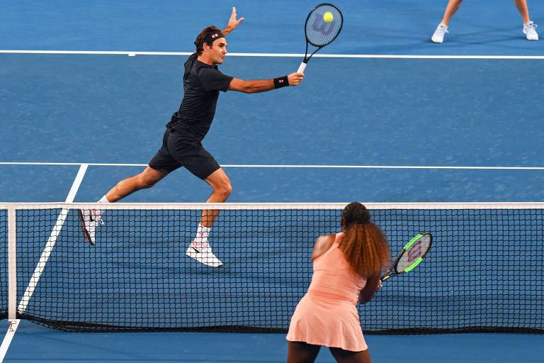 Roger Federer e Serena Williams em disputa de duplas pela Copa Hopman