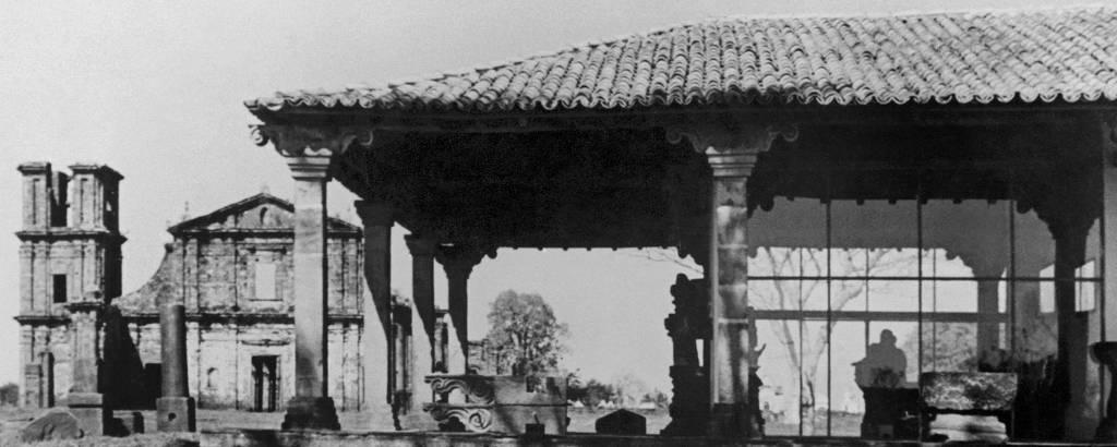 Museu das Missões (em primeiro plano), projeto de Lucio Costa em São Miguel das Missões (RS)