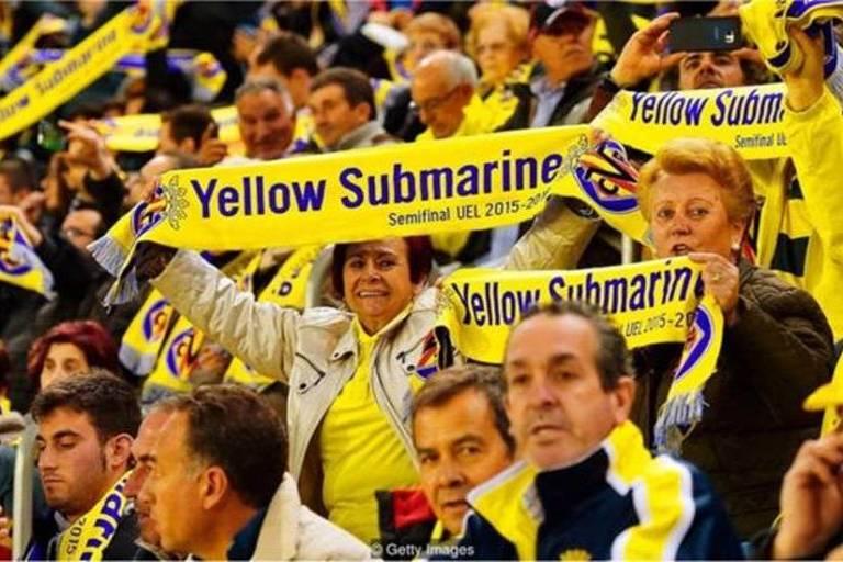 O clube de futebol do Villarreal, na Espanha, adotou o apelido de Submarino Amarelo, por conta de suas cores