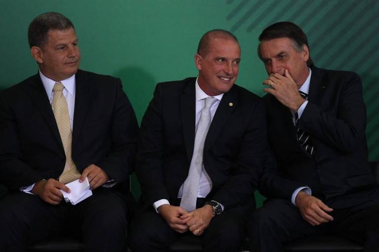 O presidente Jair Bolsonaro participa da cerimônia de transmissão de cargo dos ministros Gustavo Bebianno (secretaria geral) e Onyx Lorenzoni (ministro da casa civil)