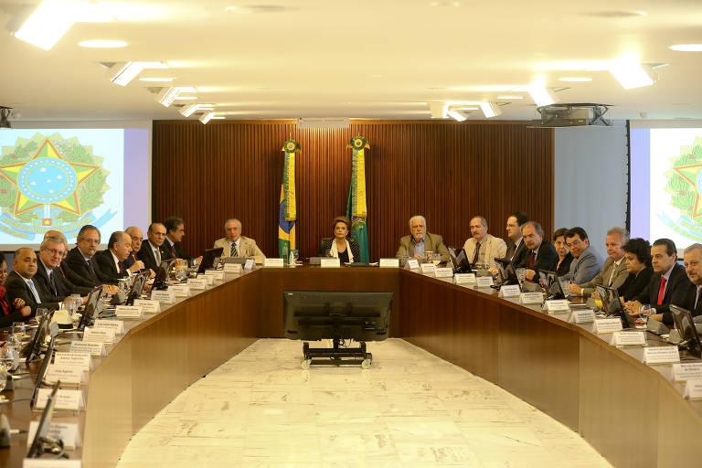 Reuniões ministeriais em governos passados