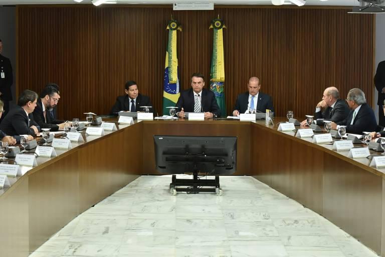 Reuniões ministeriais na Sala Suprema do Palácio do Planalto