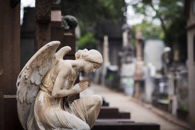 Os cemitérios e o sentido da vida