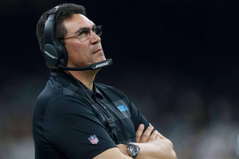Ron Rivera, técnico do Carolina Panthers e que tem origem latina