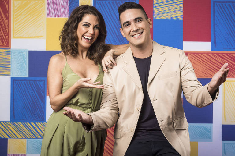 Andre Marques e Thalita Rebouças nos bastidores do The Voiced Kids