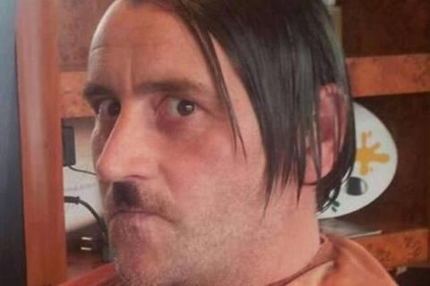 Lider do Pegida, grupo anti-isla alemao, imita Hitler em postagem no Facebook  Foto: Reproducao/Facebook ***DIREITOS RESERVADOS. NÃO PUBLICAR SEM AUTORIZAÇÃO DO DETENTOR DOS DIREITOS AUTORAIS E DE IMAGEM***