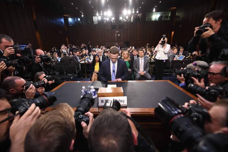 Mark Zuckerberg testemunha no Congresso americano em abril de 2018; pressão regulatória deve permanecer este ano