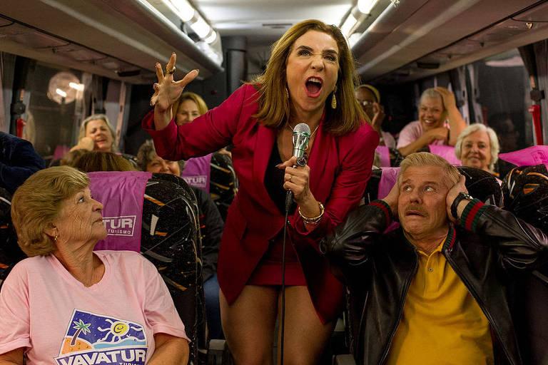 Marisa Orth, como Magda, em cena do filme