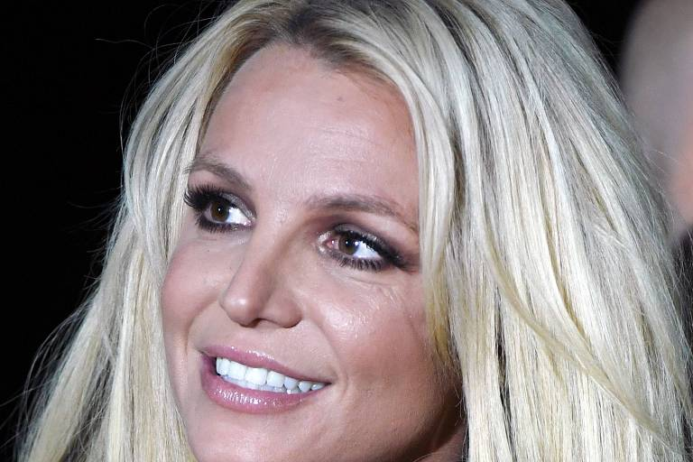 A cantora Britney Spears, 37