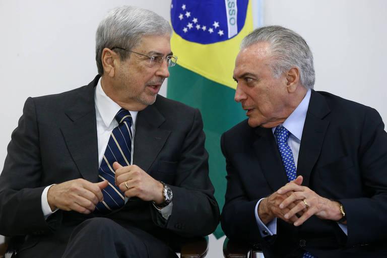 O presidente Michel Temer participa, ao lado do ministro Antonio Imbassahy da assinatura do decreto de criação da Rede Brasil Mulher, no Palácio do Planalto