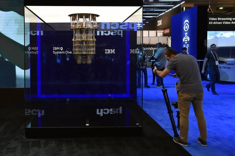 O computador Q System One da IBM exposto na CES 2019, em Las Vegas