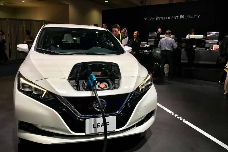 Nissan Leaf funciona como gerador de energia para quiosque de café na feira de tecnologia CES, em Las Vegas