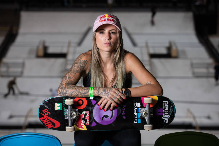 Skateboarding champion Leticia Buffoni