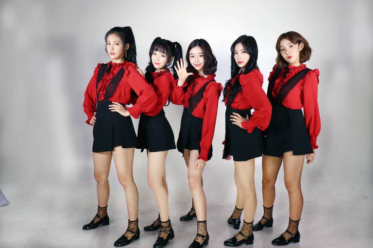 Grupo feminino de k-pop Busters