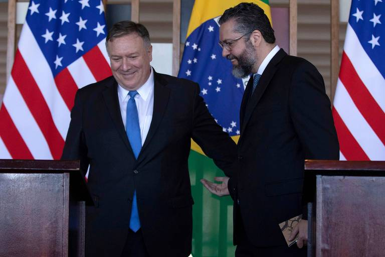 O secretário de Estado americano, Mike Pompeo, e o chanceler brasileiro, Ernesto Araújo, no Palácio do Itamaraty