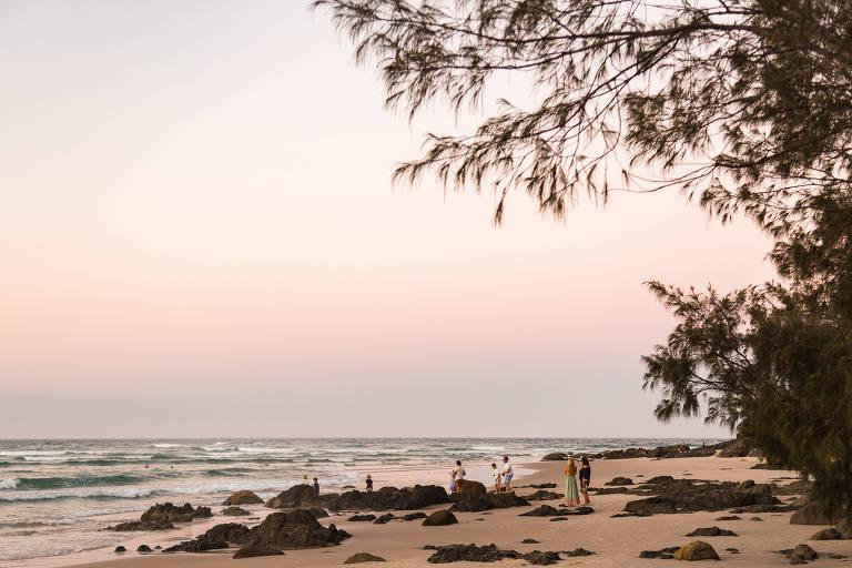 Praia de Wategos, na Nova Gales do Sul, na Austrália