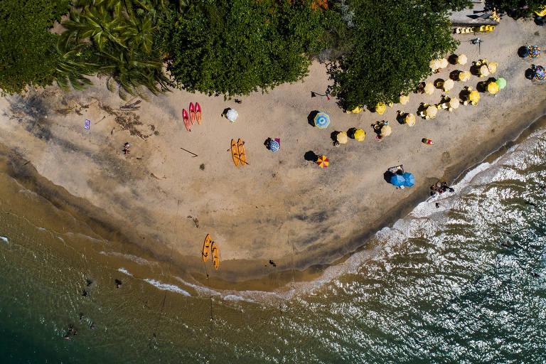 Praia Ilha das Cabras está imprópria para banho