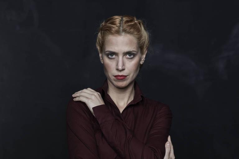 Mel Lisboa como Grace, em 'Dogville'