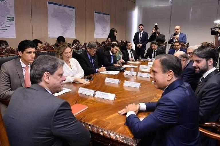 Ministro da Infraestrutura, Tarcísio Gomes de Freitas (esq), se reúne com o governador de Sâo Paulo, João Doria (PSDB)