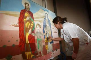 Obras de Portinari que ficam no altar de igreja de Batatais já foram restauradas