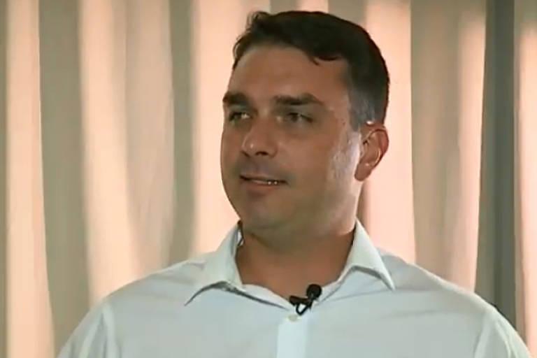 O senador eleito Flávio Bolsonaro (PSL-RJ) durante entrevista ao SBT
