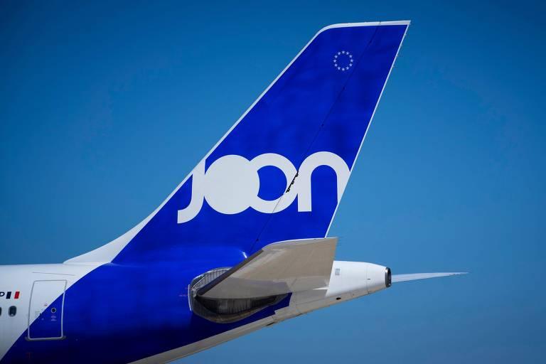 Pedaço de avião com a marca Joon