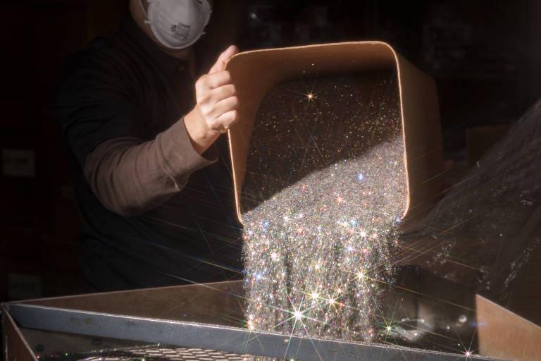 Produção de glitter