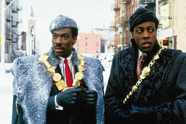 Eddie Murphy e Arsenio Hall em cena de 'Um Principe em Nova York'