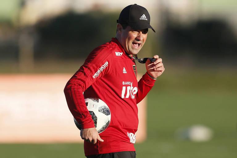 André Jardine em treino do São Paulo, na Florida