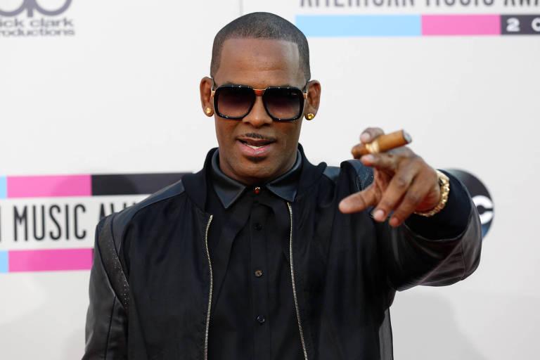 O cantor R. Kelly em novembro 2013