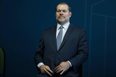 Com 42 ações pendentes, Toffoli só viu urgência ao analisar caso Flávio